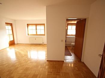 Änderungen vorbehalten Eckwohnung - Schöne 4 Zi Wohnung 100m² in der Mozartstrasse