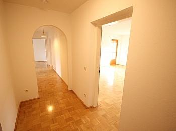 Kellerabteil Stellplätze Wörthersee - Schöne 4 Zi Wohnung 100m² in der Mozartstrasse