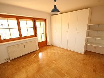 Sofort Boiler Rollos - Schöne 4 Zi Wohnung 100m² in der Mozartstrasse