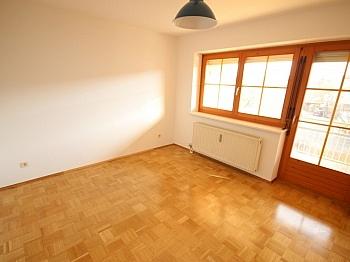 teilw Helle Diele - Schöne 4 Zi Wohnung 100m² in der Mozartstrasse