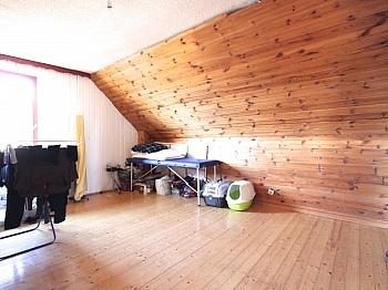 Badezimmer Wohngebiet Strandbad - Idyllisches Wohnhaus/Bauernhaus in Schiefling