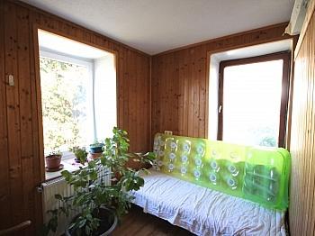 großzügige innenseitige Stellplätze - Idyllisches Wohnhaus/Bauernhaus in Schiefling