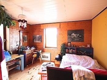 Eingangsbereich atemberaubendem Karawankenblick - Idyllisches Wohnhaus/Bauernhaus in Schiefling