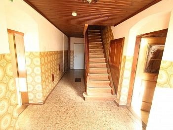 Eigenständige Raumaufteilung Laminatböden - 175m² Wohnhaus mit 115m² Nebengebäude - Guttaring