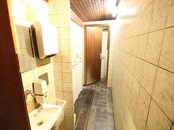 Solaranlage übergeben Wohnzimmer - 175m² Wohnhaus mit 115m² Nebengebäude - Guttaring