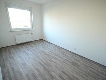 Geräten großes Vorraum - Neue Top sanierte 3 Zi-Wohnung in Klagenfurt
