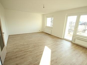 Neue inkl Elternschlafzimmer - Neue Top sanierte 3 Zi-Wohnung in Klagenfurt