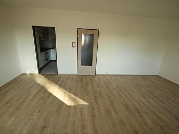 - Neue Top sanierte 3 Zi-Wohnung in Klagenfurt