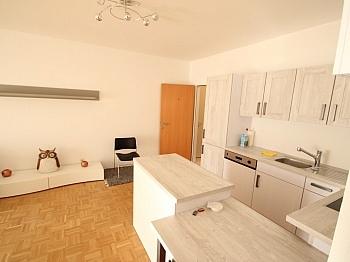 Schöne Vorraum Wohnung - Schöne 3 Zi Wohnung am Faaker See - SEENAH