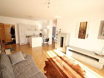 Südbalkon Ostloggia Badewanne - Schöne 3 Zi Wohnung am Faaker See - SEENAH