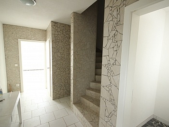Haus Doppelcarportabstellplätze Planungsenergieausweis - Haus in Aussichtslage, teilw. noch fertigzustellen