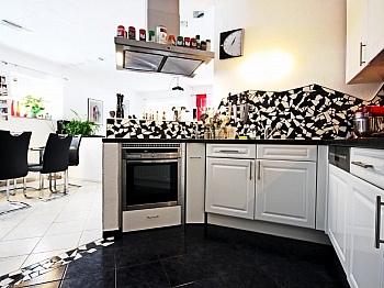 Mehrfamilienwohnhaus Isolierglasfenster Förderbandsystem - Mehrfamilienwohnhaus mit Pool Nähe Pressegger See