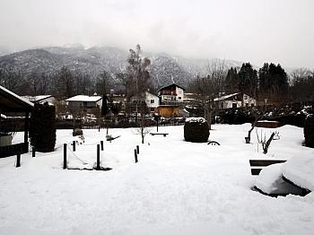 Sitzgelegenheit Doppelcarport großzügige - Mehrfamilienwohnhaus mit Pool Nähe Pressegger See