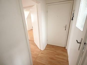 Vorraum Bindung Direkte - 4 Zi Stadtwohnung 60m² in der Gasometergasse