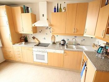 Wohnzimmer Wohnküche Südloggia - Schöne 4 Zi Wohnung 110m² mit Tiefgarage-Feschnig