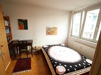 Küche Loggia Rollos - Schöne 4 Zi Wohnung 110m² mit Tiefgarage-Feschnig