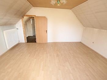 Bäder Zimmer direkt - Älteres Wohnhaus mit 2.083m² Grundstück - Wölfnitz