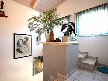 Außenstiege ausgestattet hochwertigen - Modernes Wohnhaus Nähe Ledenitzen/Faaker See
