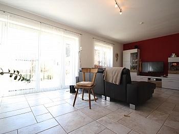 Obergeschoss großzügige Stellplätze - Modernes Wohnhaus Nähe Ledenitzen/Faaker See