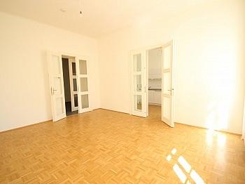 Wohnung Balkon Generalsanierung - 3 Zi- Wohnung im Zentrum