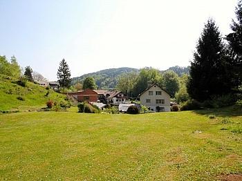 Grundstück Zentrum Nähe - Großzügiger und seenaher Baugrund Nähe Krumpendorf