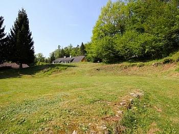 befindet gewidmet entfernt - Großzügiger und seenaher Baugrund Nähe Krumpendorf
