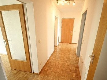 Parkett Wohnung Balkon - Schöne 3 Zi Wohnung mit Tiefgarage - Görzer Allee