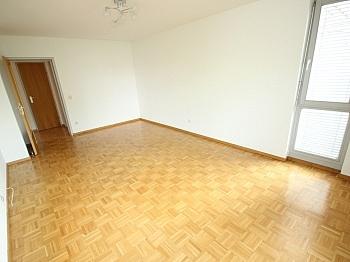 Stellplätze Kellerabteil Erdgeschoss - Schöne 3 Zi Wohnung mit Tiefgarage - Görzer Allee