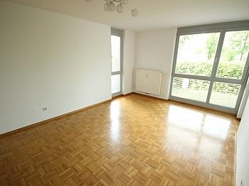 Fliesenböden Einkaufspark Kinderzimmer - Schöne 3 Zi Wohnung mit Tiefgarage - Görzer Allee