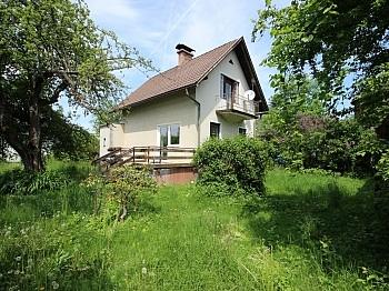 Älteres Vorraum saniertungsbedürftiges - Älteres Wohnhaus mit 1.185m² Grundstück - Feschnig