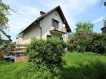 quadratisches abbruchreifes Obergeschoss - Älteres Wohnhaus mit 1.185m² Grundstück - Feschnig