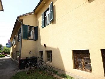 Stellplätze ausgewiesen Werkstätte - Wohn- und Geschäftshaus 424m² in der City