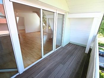 geschlossenes Birnenparkett Möglichkeit - Neuwertige 3 Zi Penthousewohnung - Linsengasse