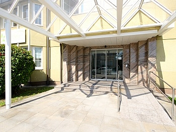 Tiefgaragenplätze Kunststofffenster Glasschiebetüre - Schönes ca. 50 m² Büro/Ordination in TOP Lage