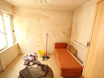 Angaben Wohnung flaches - Wohn- und Geschäftshaus 125m² in der City
