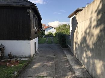 Sanierungsbedürftig Elternschlafzimmer Elektroradiatoren - Einfamilienhaus sonnig und ruhig in Waidmannsdorf