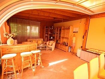 Poolumrandung eingefriedete Südwestlage - Wunderschönes junges Haus Nahe OBI, 9560