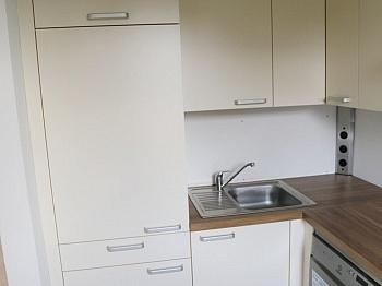Bruttomieten möblierter Wohnfläche - Schöne Garconniere  in Waidmannsdorf UNI - Seenähe