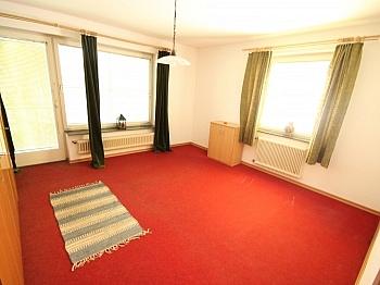 Irrtümer bestehend Baugrund - Älteres 200m² Wohnhaus mit 2,88 Ha Grund in Velden