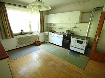 Flächen Angaben anderst - Älteres 200m² Wohnhaus mit 2,88 Ha Grund in Velden