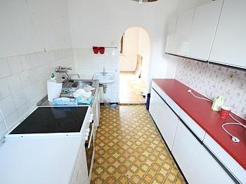 günstig befindet sanieren - Haus in Feschnig mit 1.200m² Grund für Handwerker