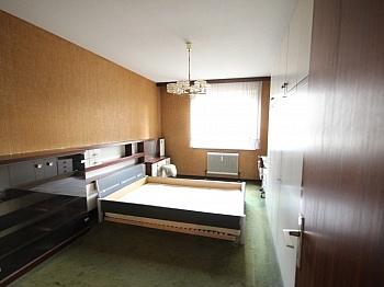 teilmöbliert Fliesenböden großzügige - 2 - Zi-Wohnung in LKH Nähe