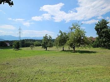 Grundstück Ländliche Bauverpflichtung - Schöner, sonniger Baugrund nahe dem Forstsee