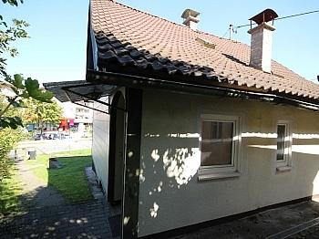 eingefriedetes Dacheindeckung Fliesenböden - Kleines 70m² Wohnhaus in Viktring mit 452m² Grund