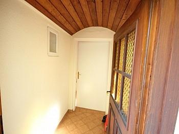 Wohnküche Wohnzimmer Stadtlage - Kleines 70m² Wohnhaus in Viktring mit 452m² Grund