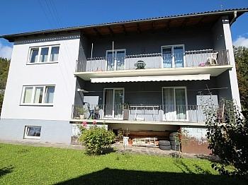 Schlafzimmer Erdgeschoss traumhaftes - Schönes 200m² Zweifamilienwohnhaus in Pörtschach