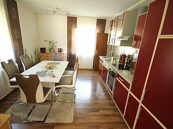 Wolfkessel bestehend Waschraum - Schönes 200m² Zweifamilienwohnhaus in Pörtschach