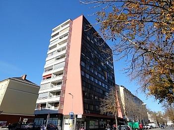 Badezimmer Waschtisch Fernwärme - Zentrale 4-Zi-Wohnung in Klagenfurt/Bahnhofstraße
