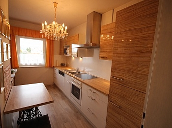 angelegter angrenzend Eßbereich - Großzügiges Einfamilienhaus in sehr guter Lage