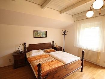 direktem Wohnraum Windfang - Großzügiges Einfamilienhaus in sehr guter Lage